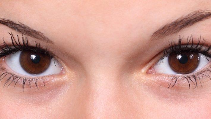 Sådan slipper du af med dine rander under øjnene